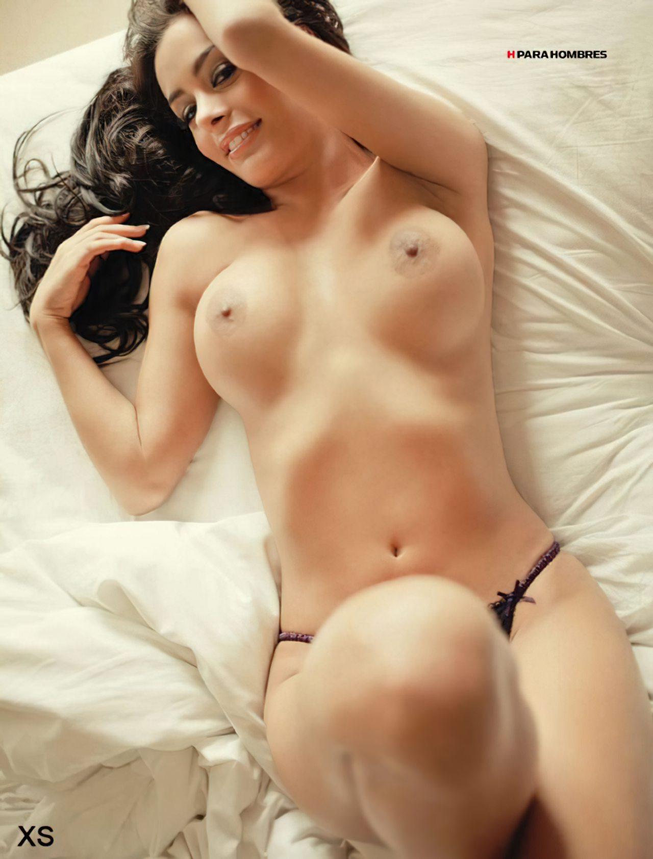 Larissa Riquelme Nua (35)