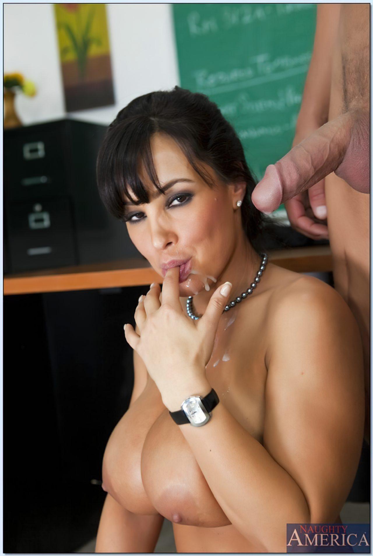 Lisa Ann (30)