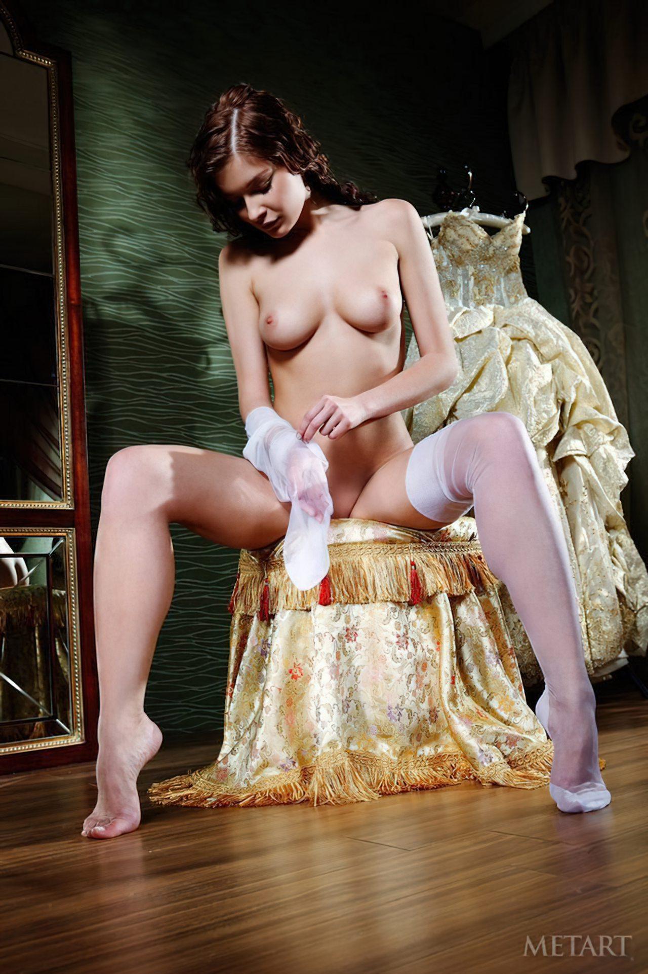 Novinha Vestindo Roupa (20)