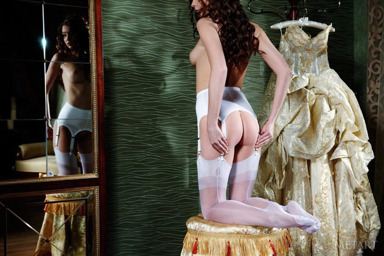 Novinha Vestindo Roupa (34)