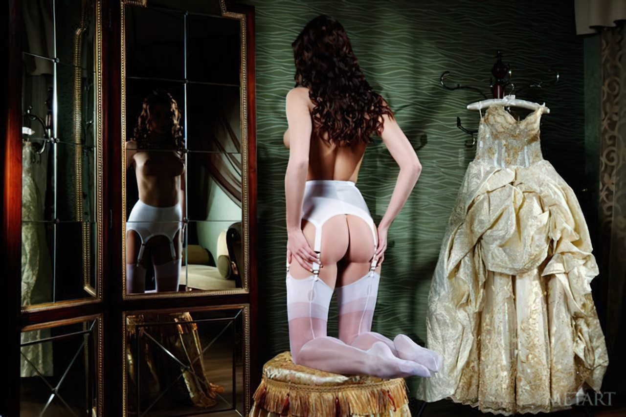 Novinha Vestindo Roupa (38)