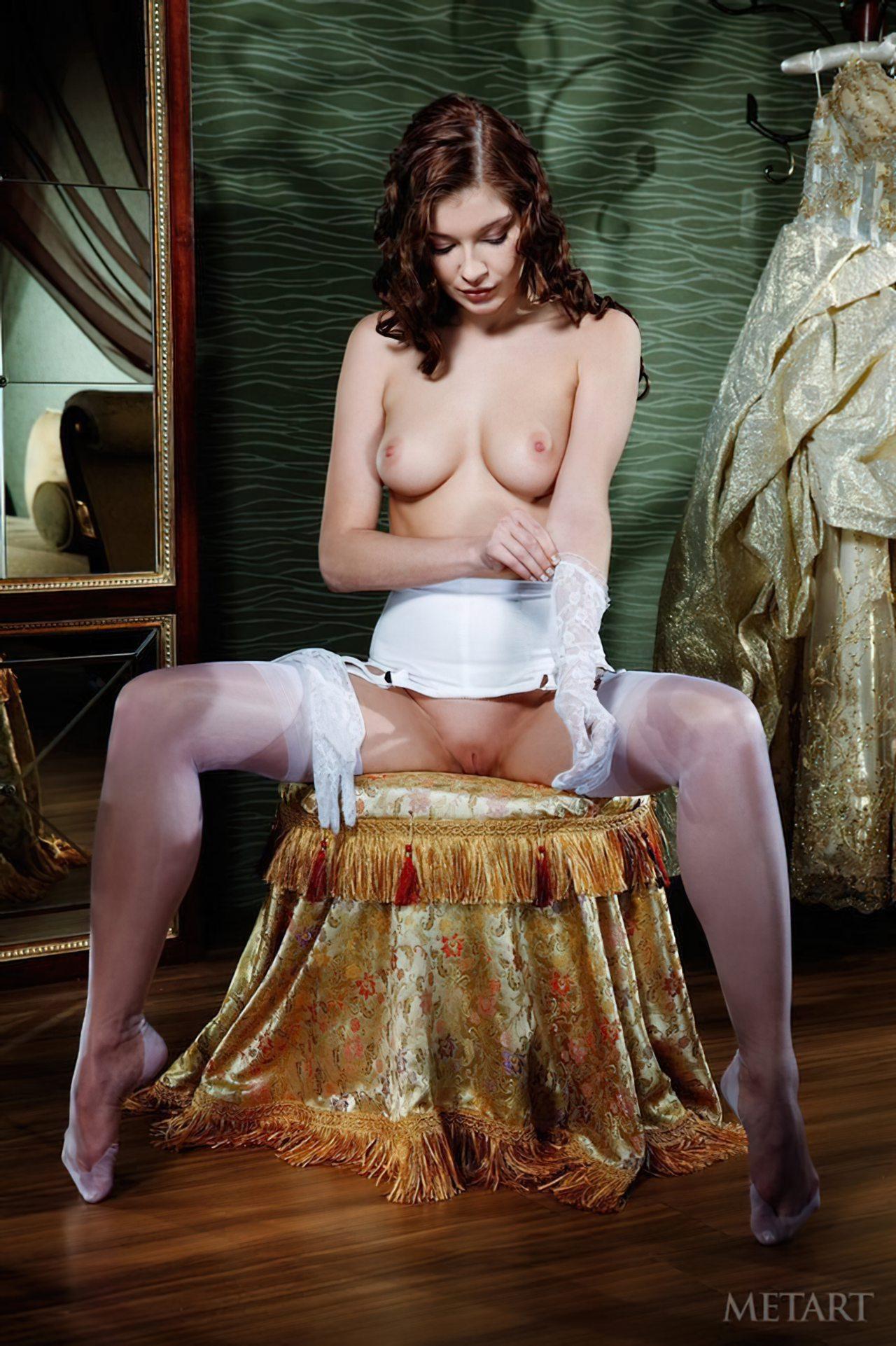 Novinha Vestindo Roupa (42)