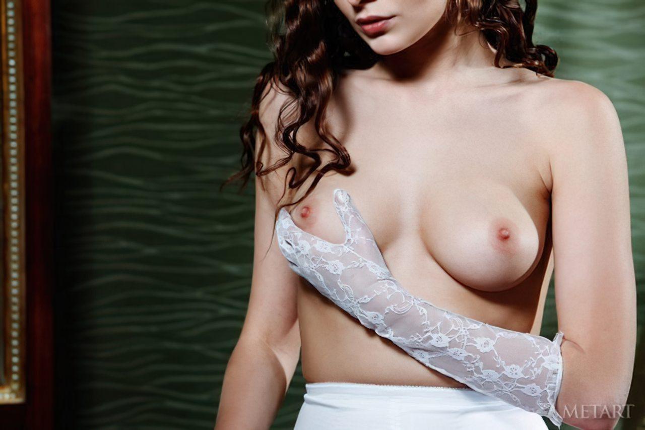 Novinha Vestindo Roupa (43)