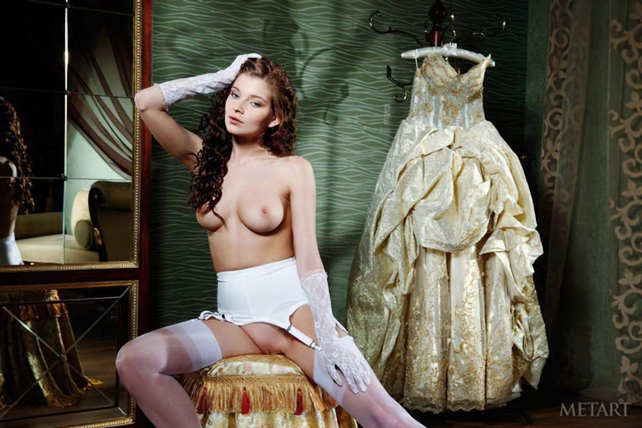 Novinha Vestindo Roupa (47)