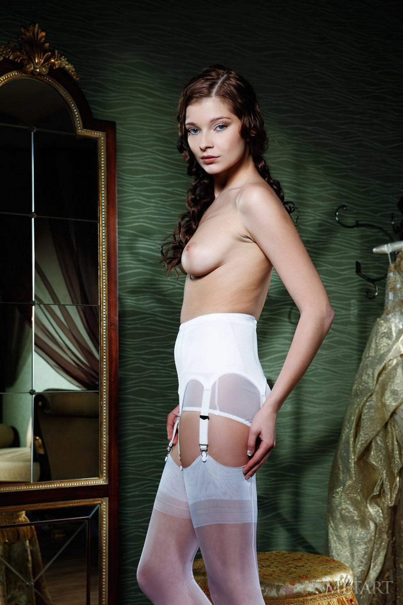 Novinha Vestindo Roupa (58)