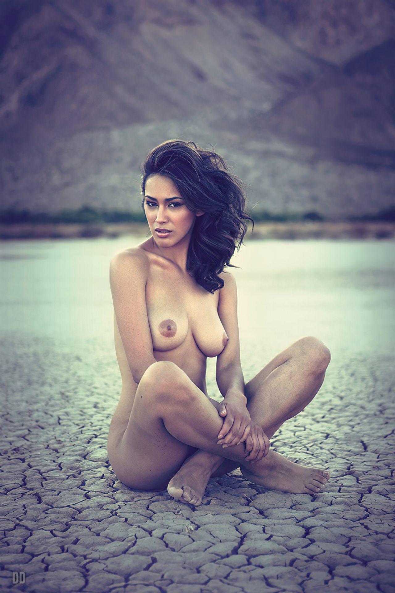 Nua no Deserto