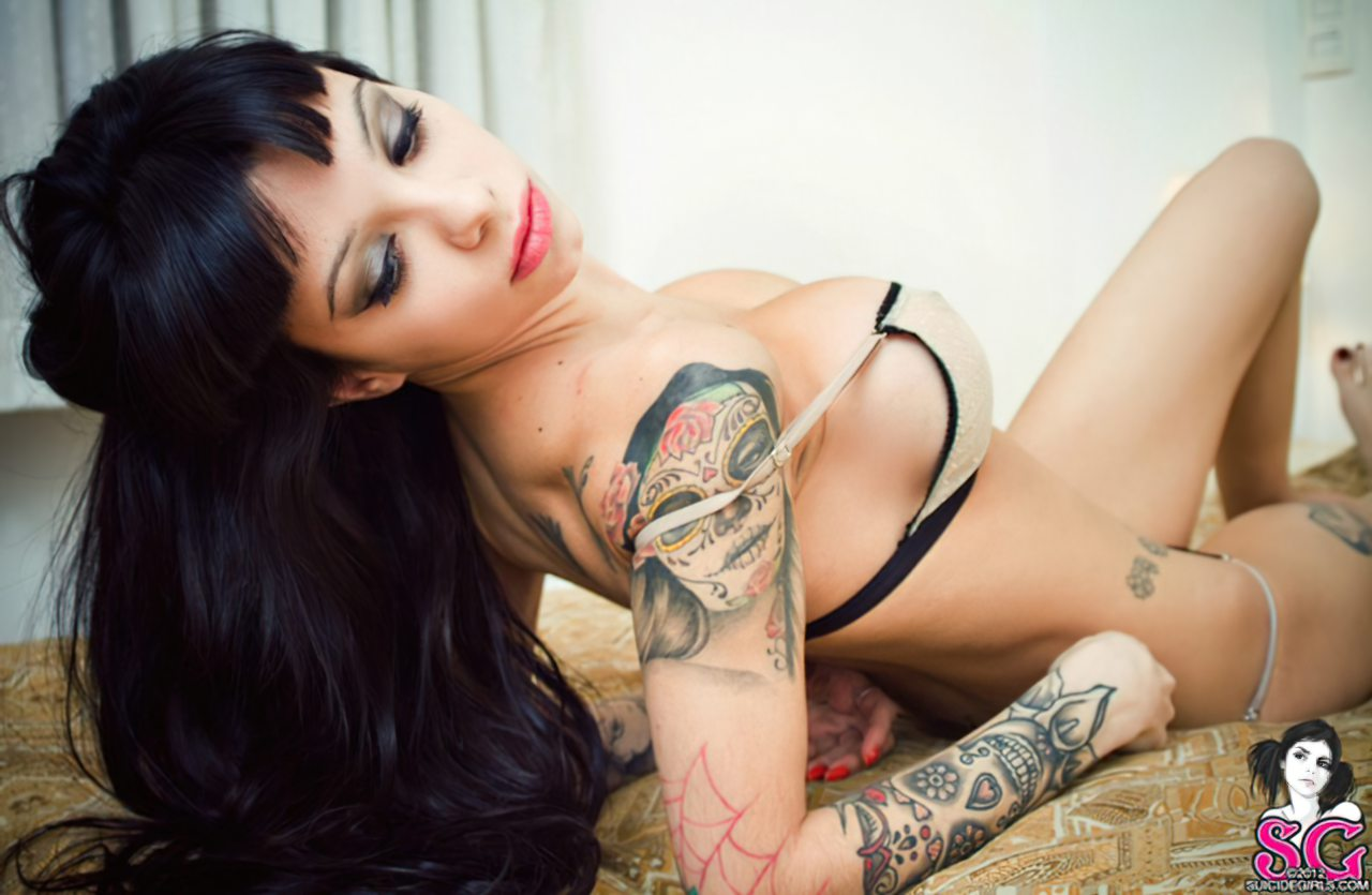 Sexy Suicide Girl (3)