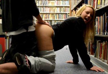 (Video) Sexo Amador na Livraria