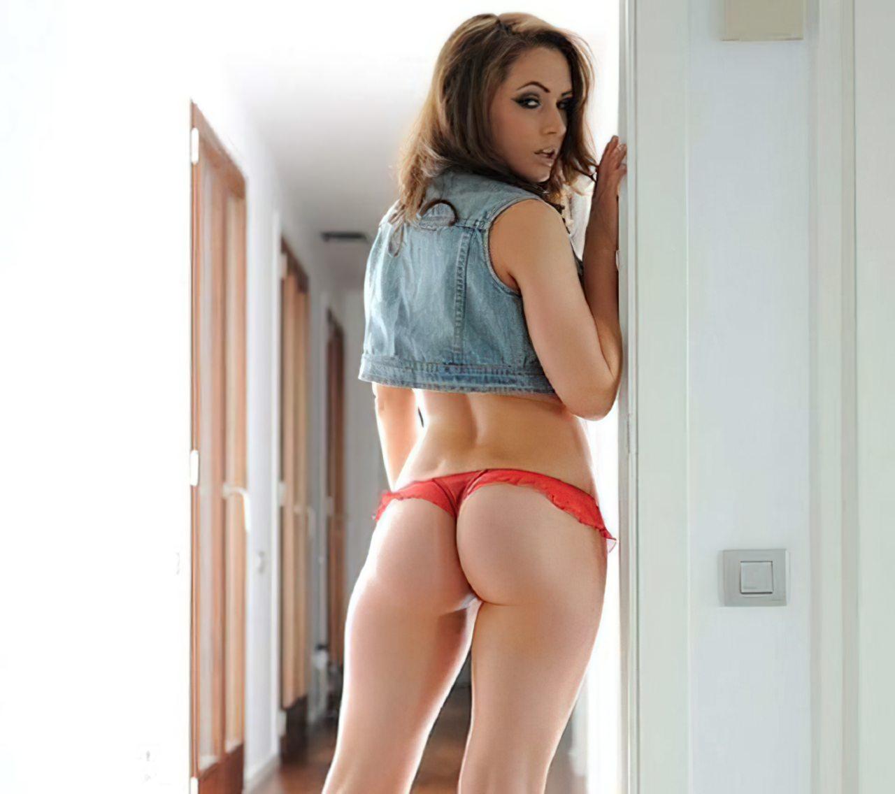 Anastasia Harris (24)