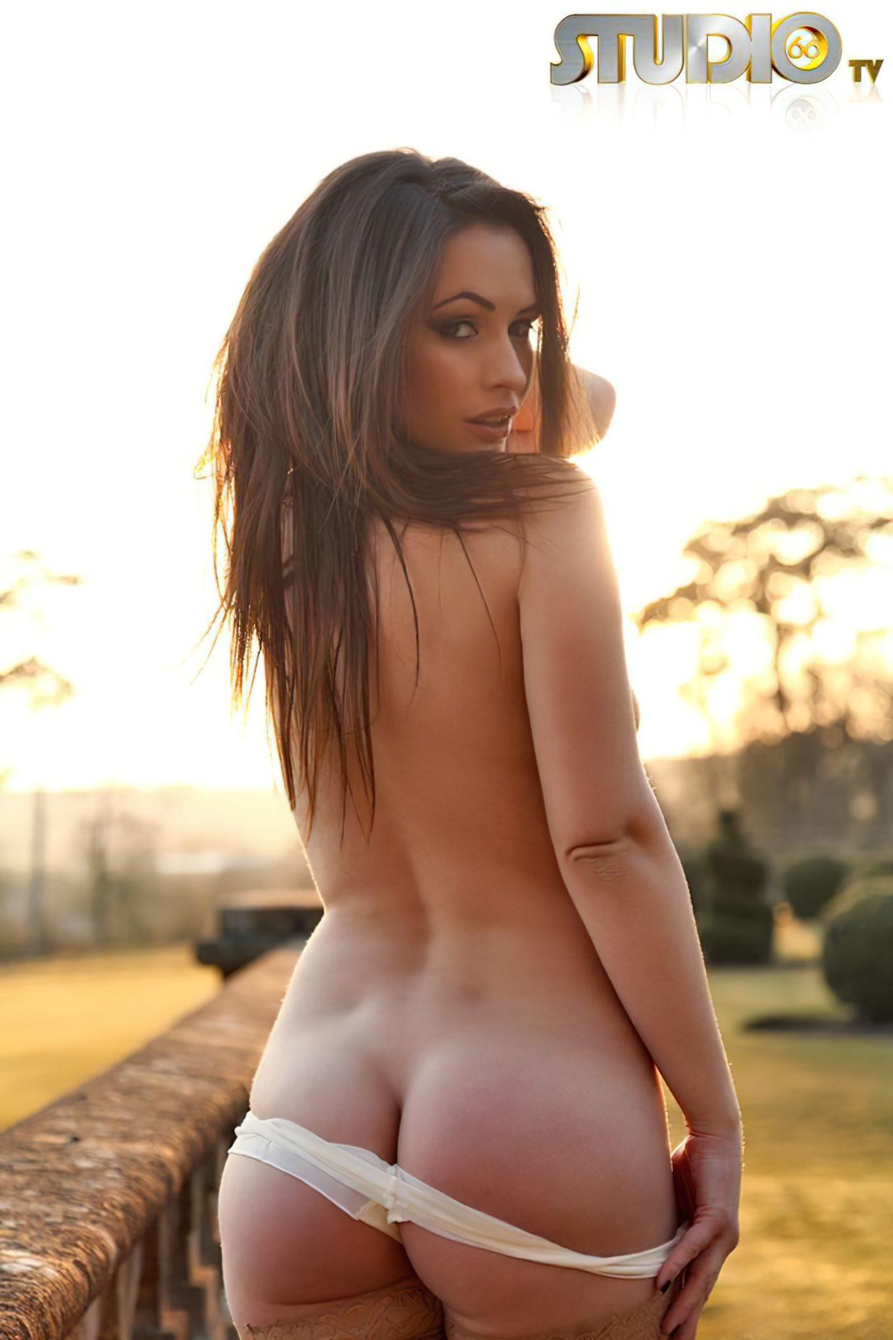 Anastasia Harris (37)