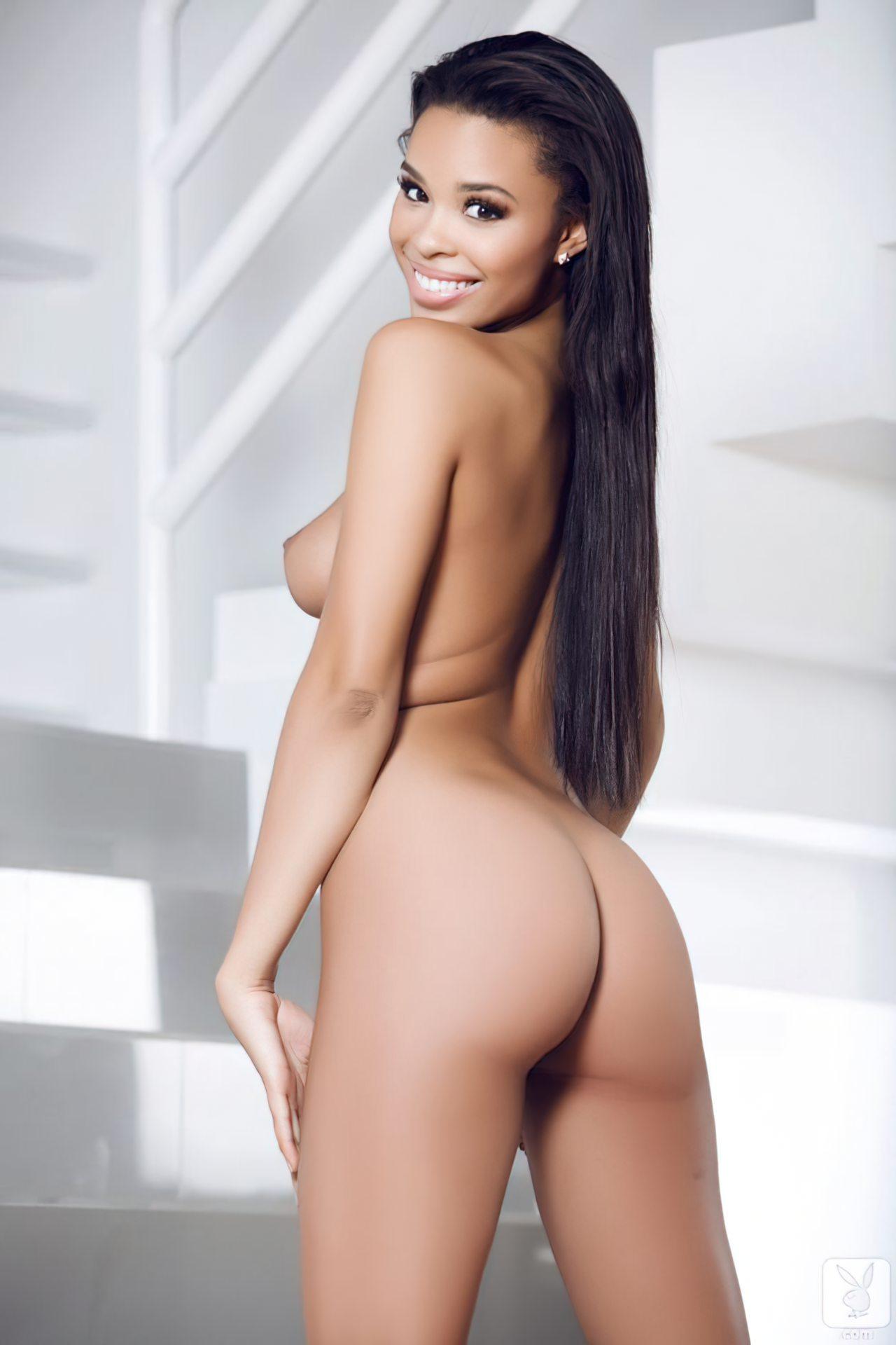 Briana Ashley (22)