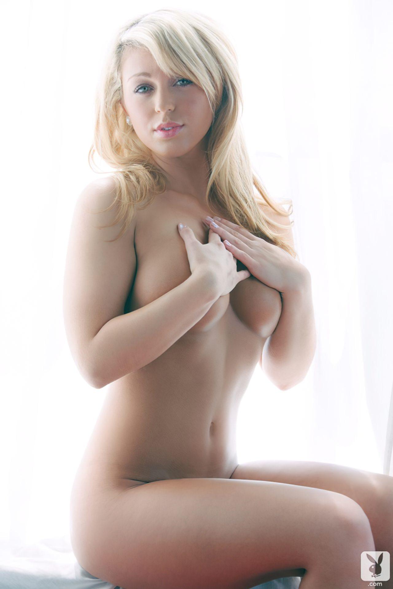 Krystal Lyne (22)