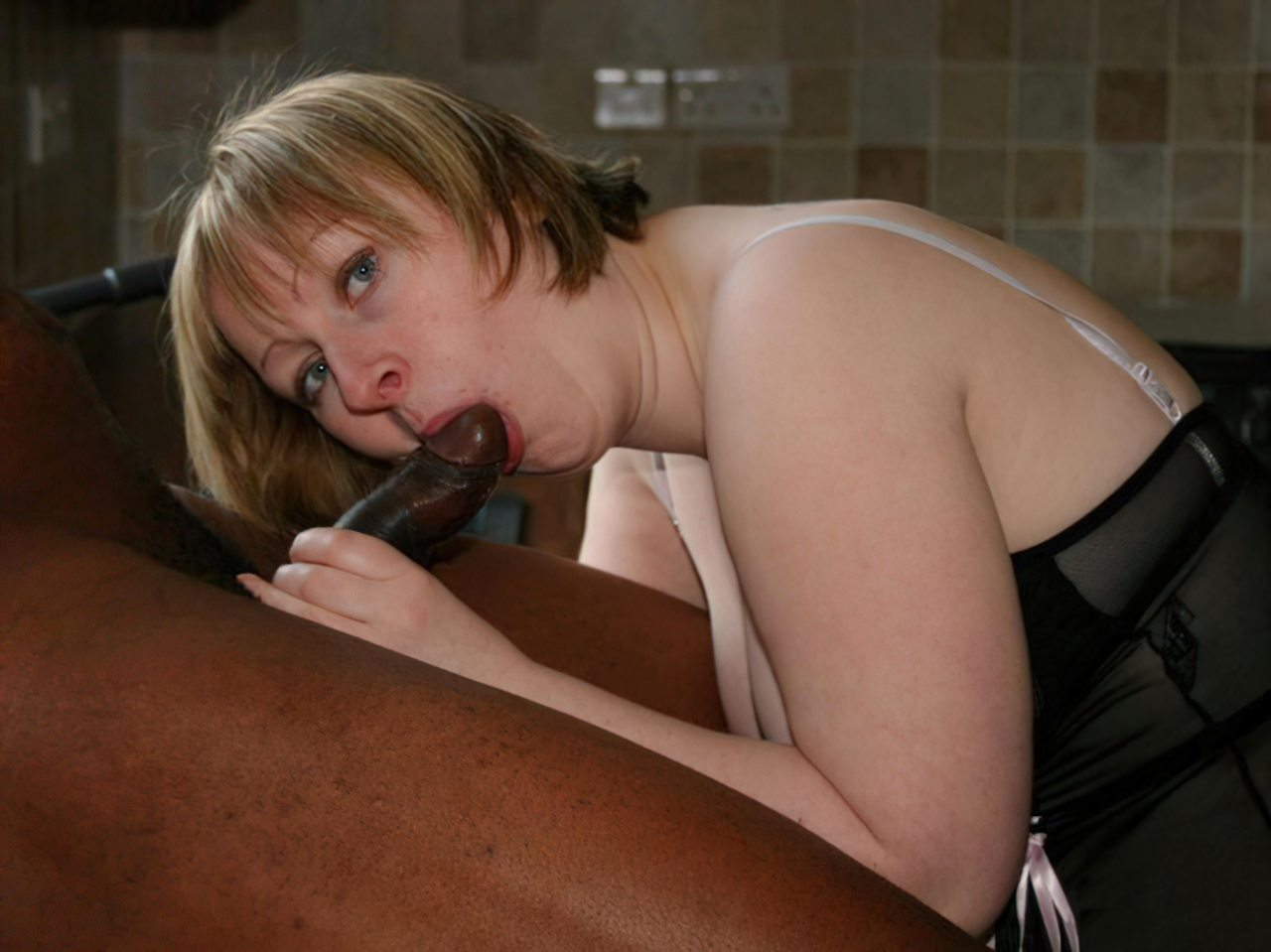 Mulher Fodendo Negro (17)