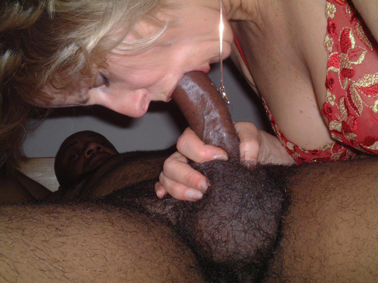 Mulher Fodendo Negro (49)