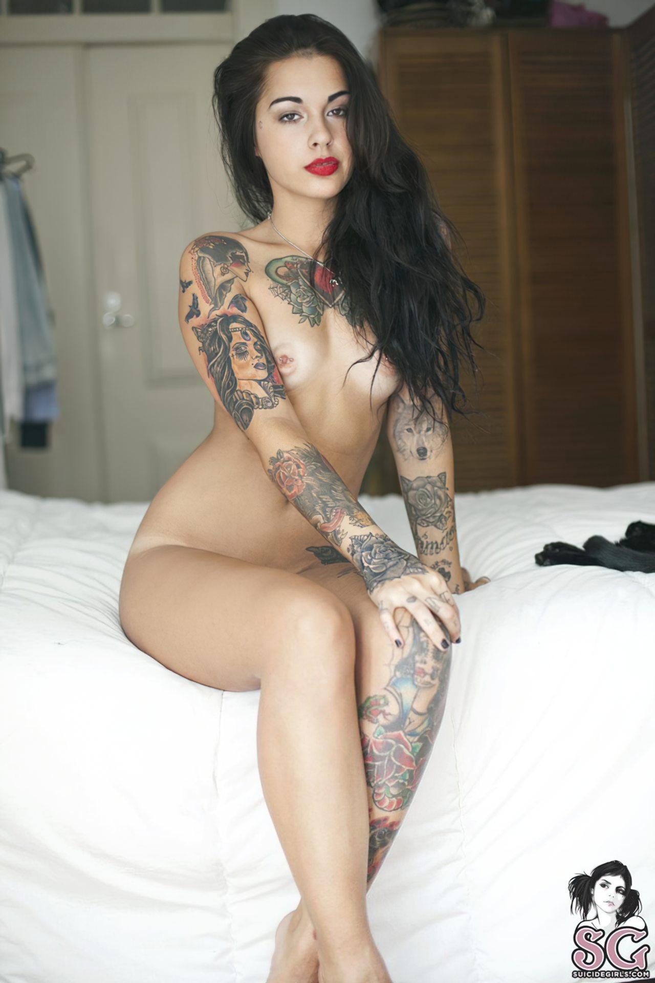 Mulher Tatuagem (7)