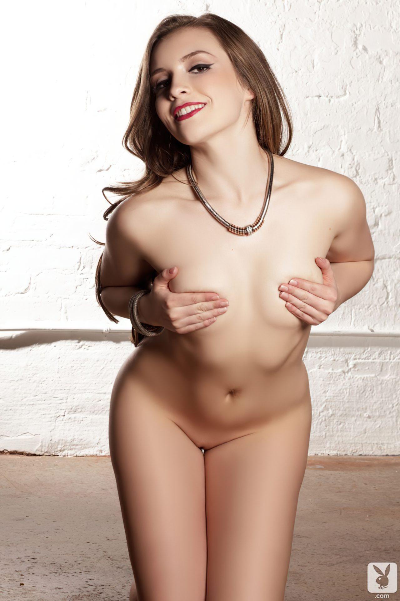 Mulher Novinha Pelada (5)
