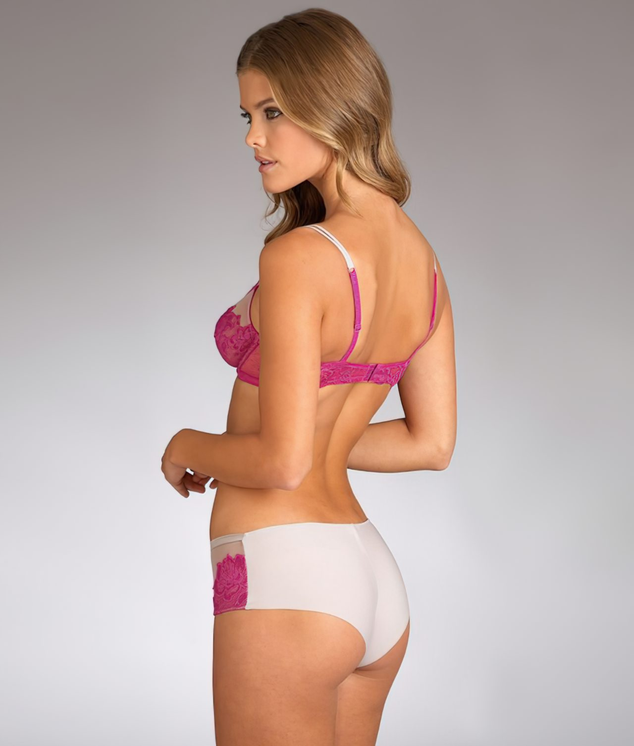 Nina Agdal (38)