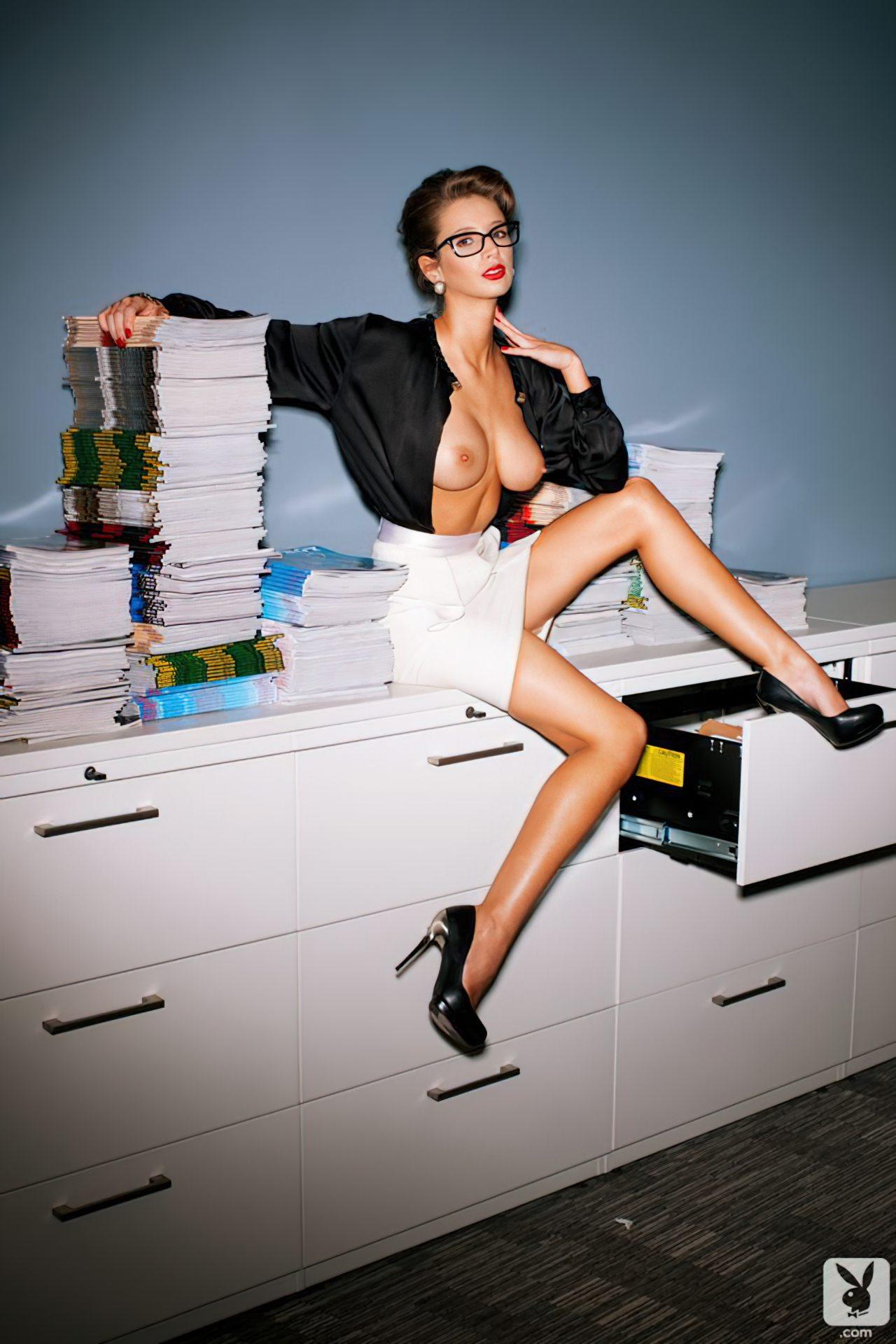 Secretária Sem Vergonha (4)