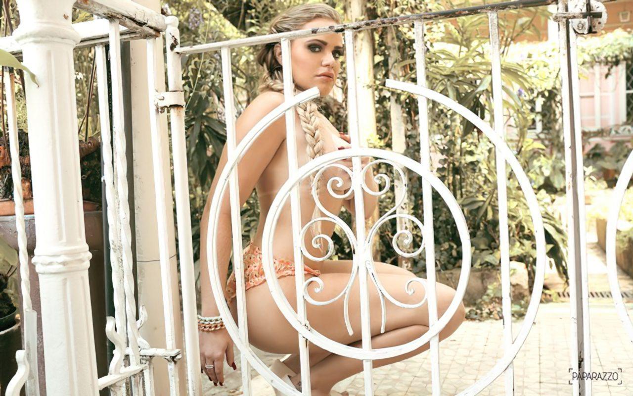 Paulinha Leite Nua (39)