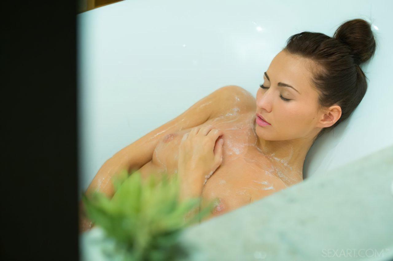 Gostosa no Banho (11)