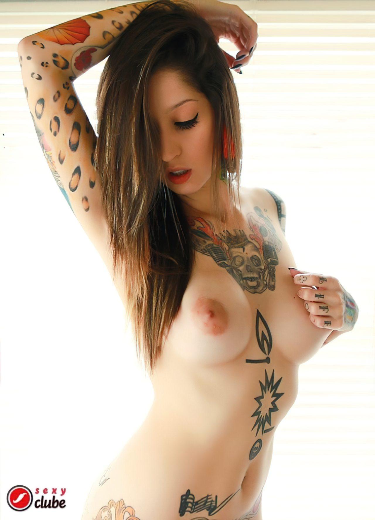 Jacqueline Suicide (12)