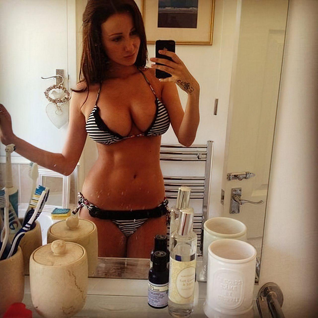 Libby Smith Sexy (31)
