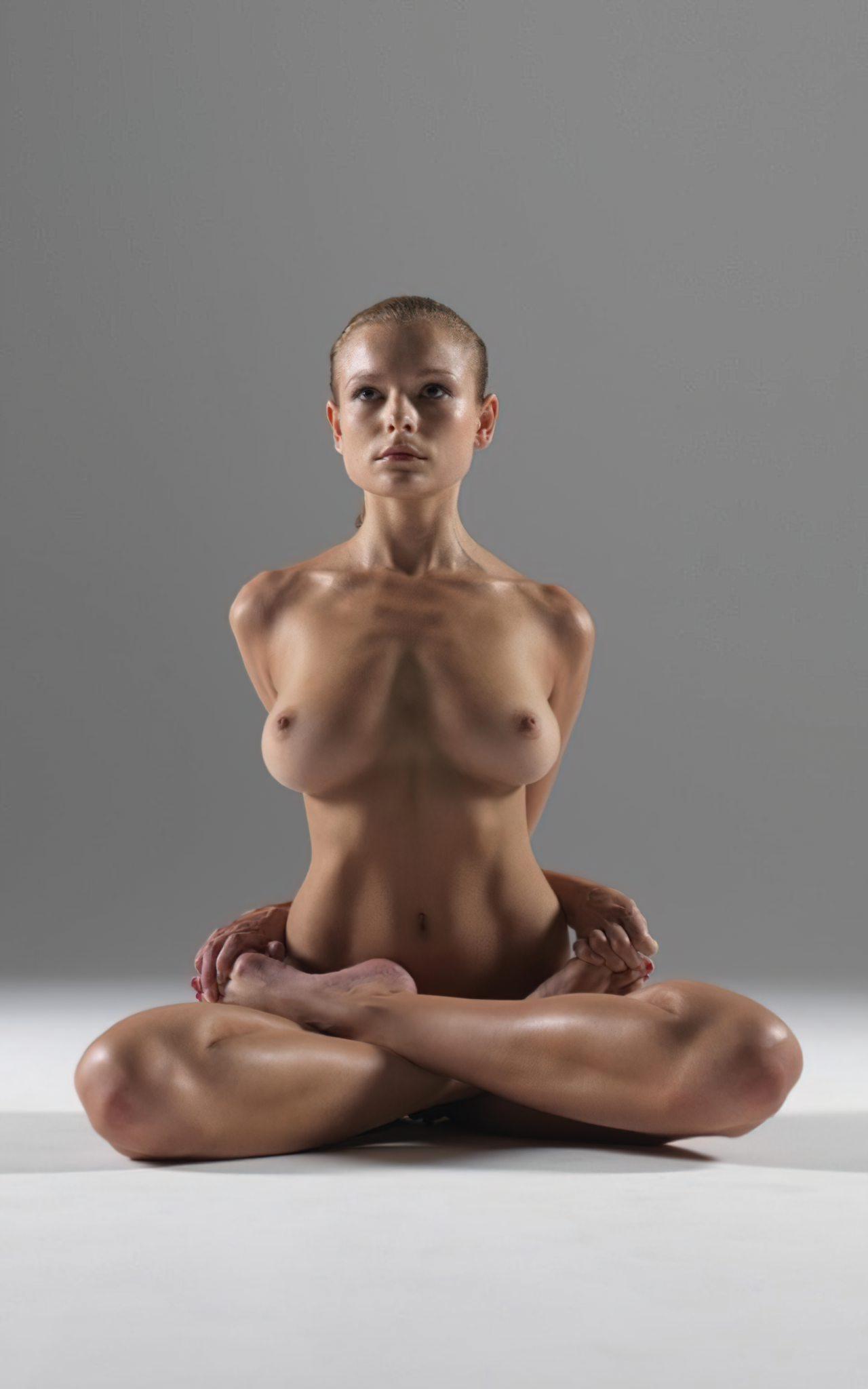 Yoga Nua (5)