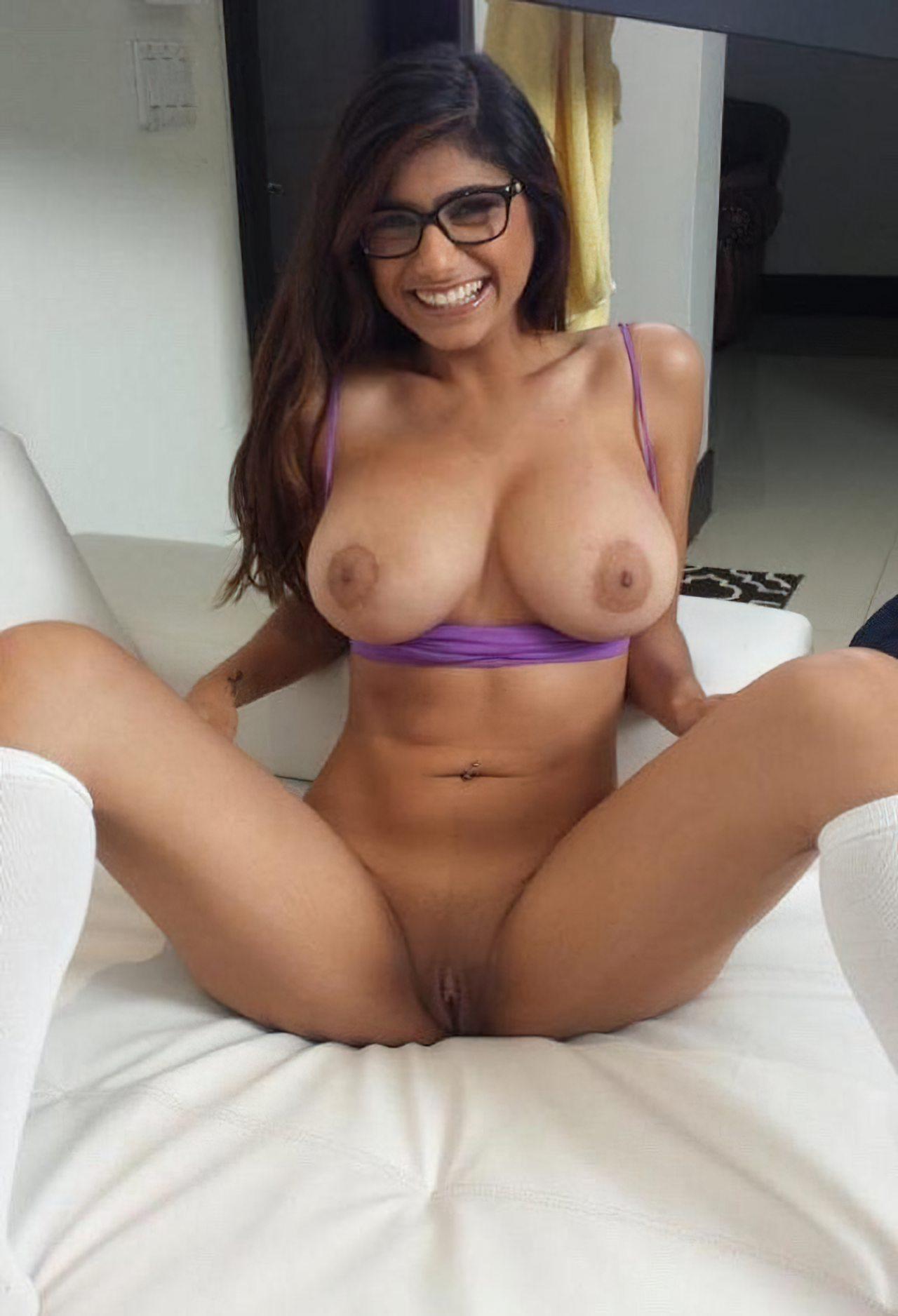 Mia Khalifa Nua (26)