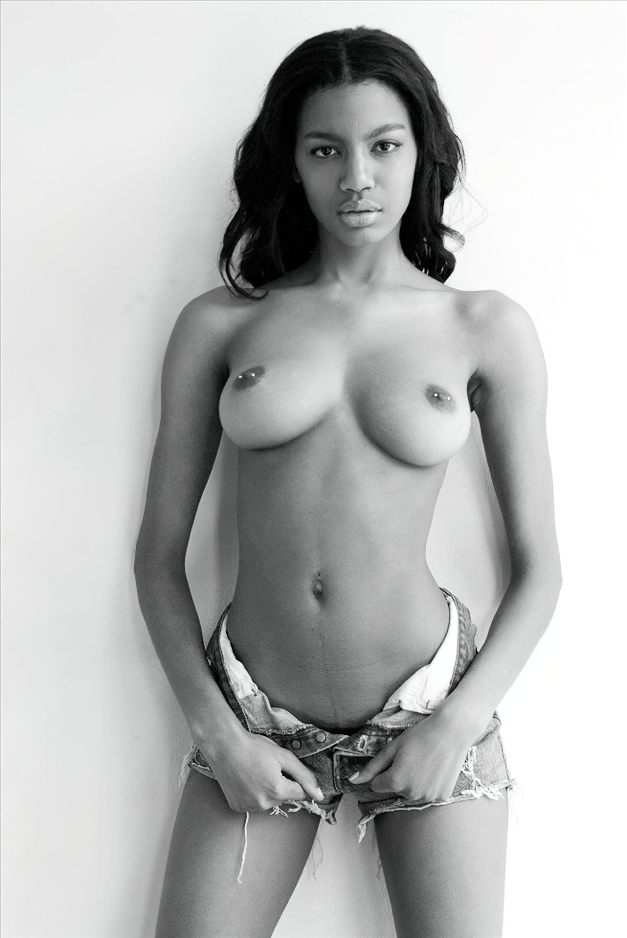 Ebonee Davis (23)