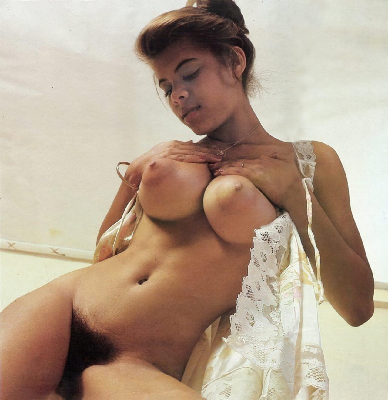 Puffy Nipples (40)