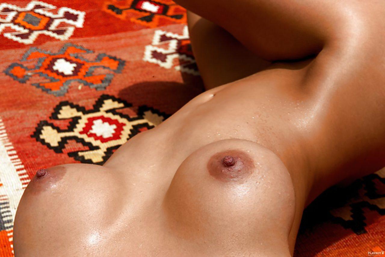 Sila Sahin (45)