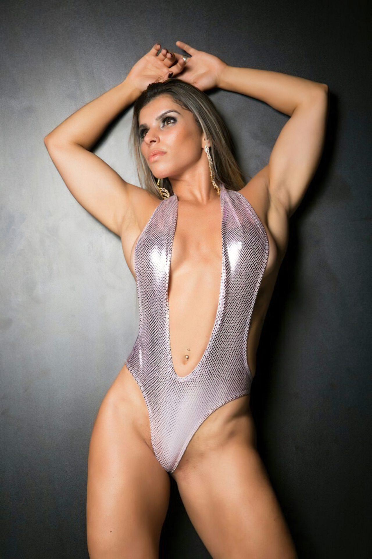 Sexy Vivian Cristinelli (2)