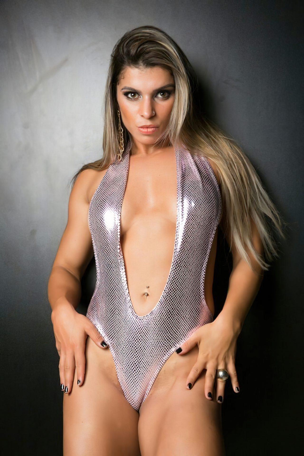 Sexy Vivian Cristinelli (4)