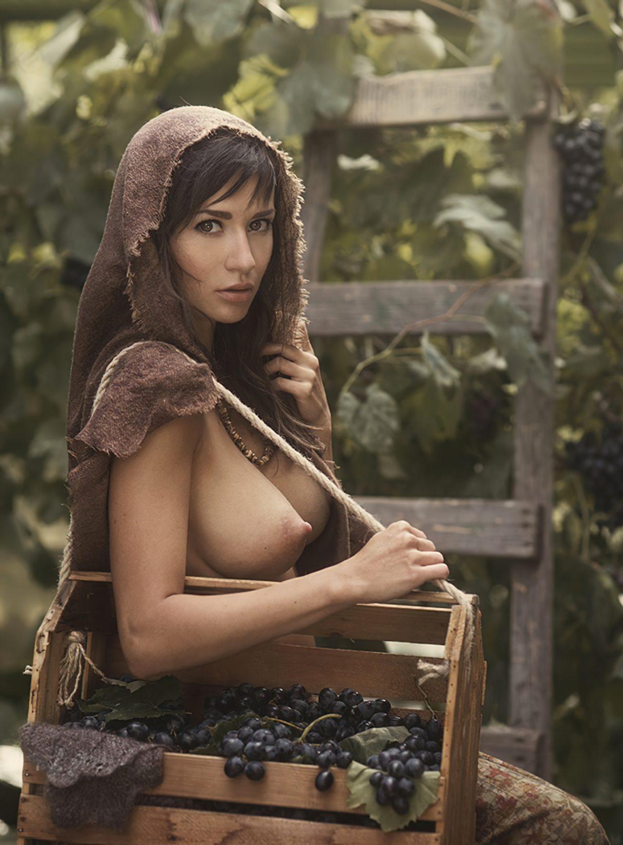 Mulher Nua (50)