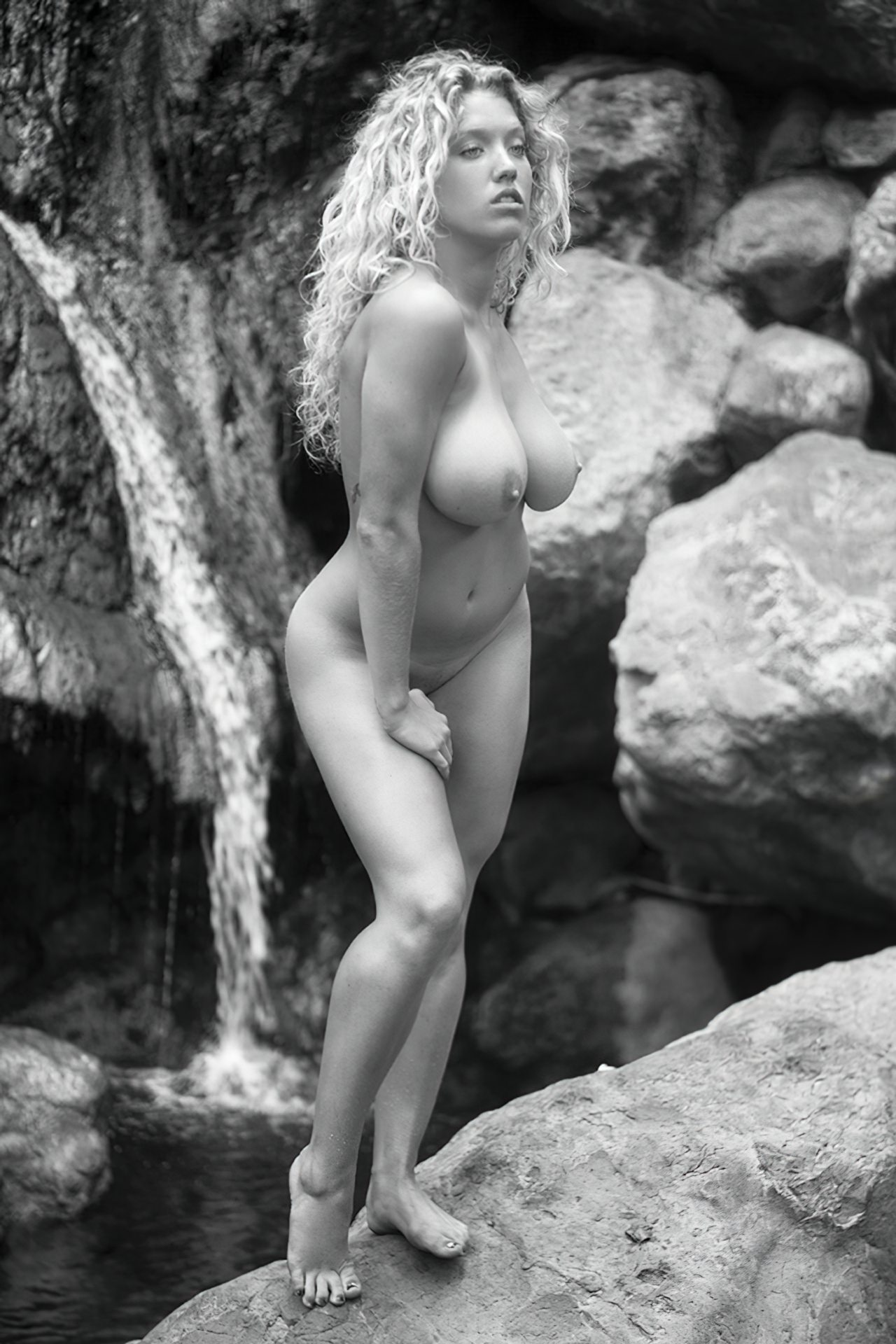 Emily Thorne (38)