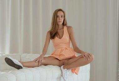 Katya Clover (3)