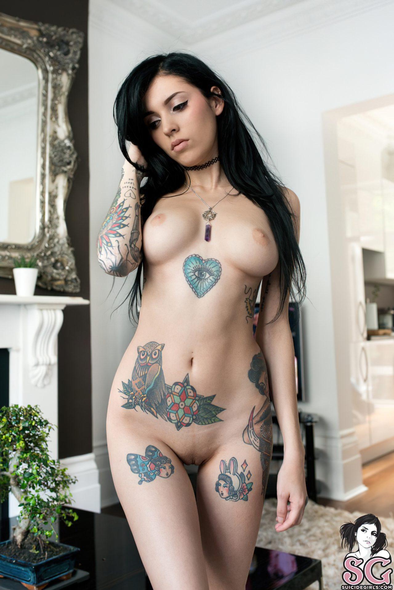 Putas Nuas (34)