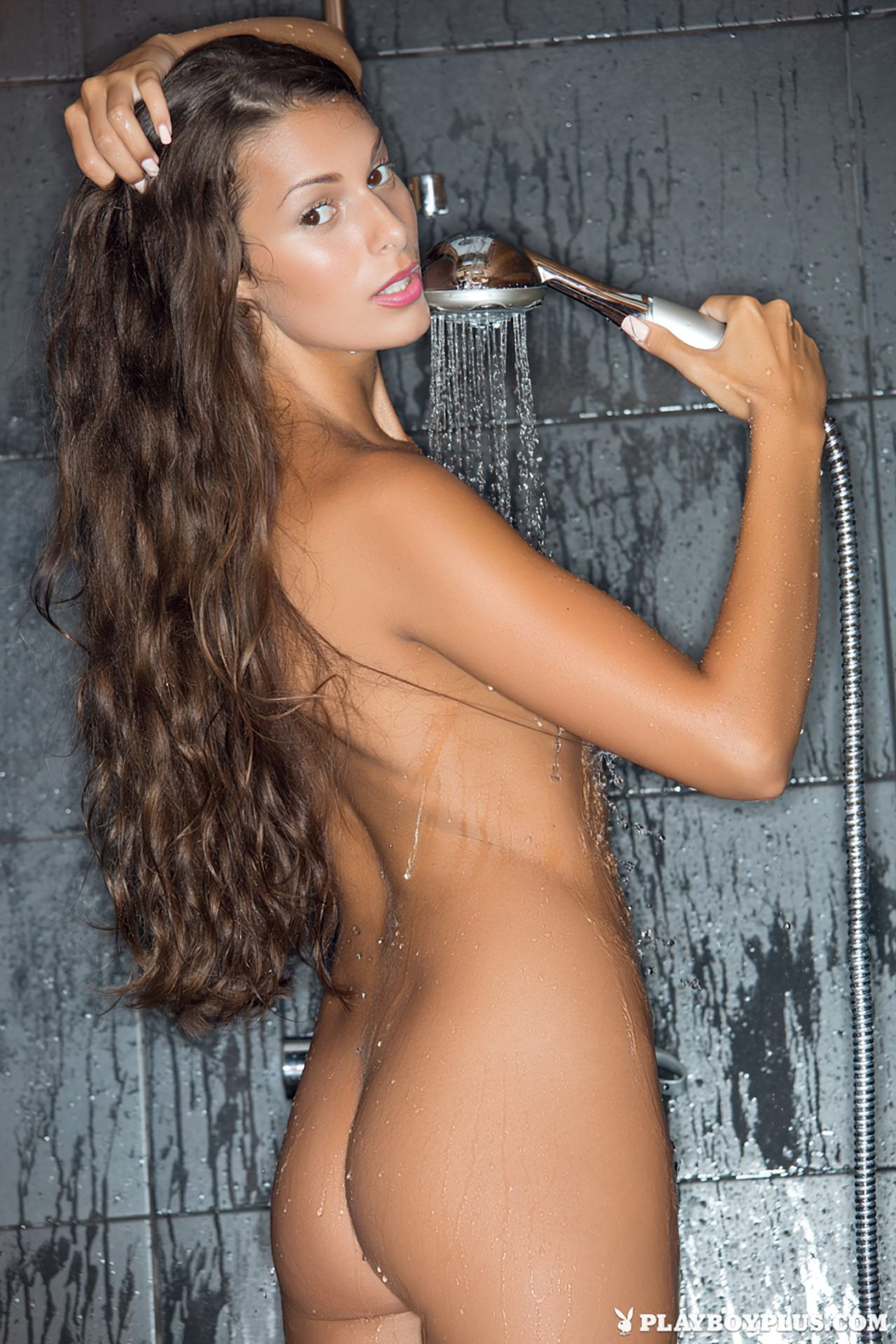 Lia Taylor Nua (18)