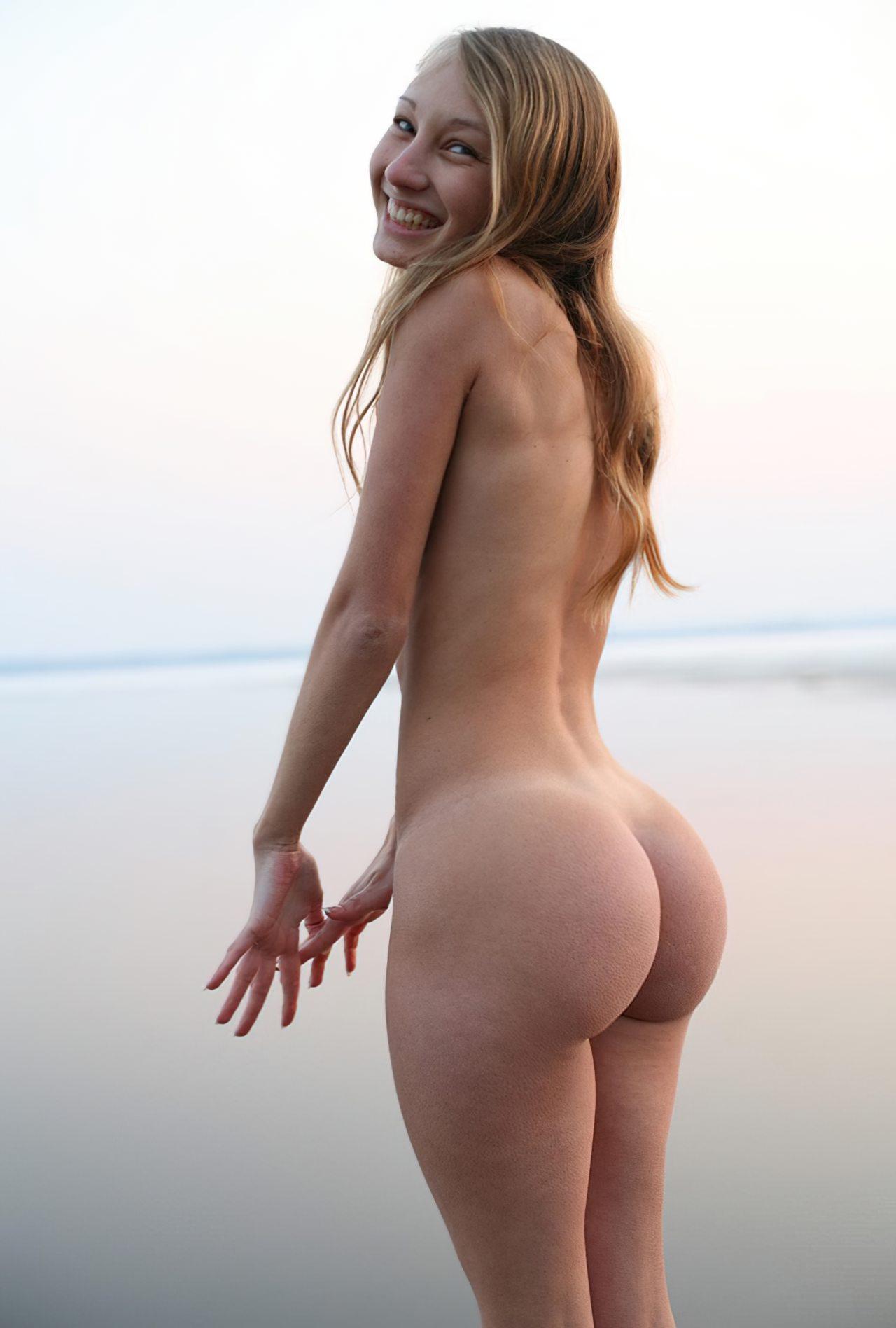 Mulher Nua (8)