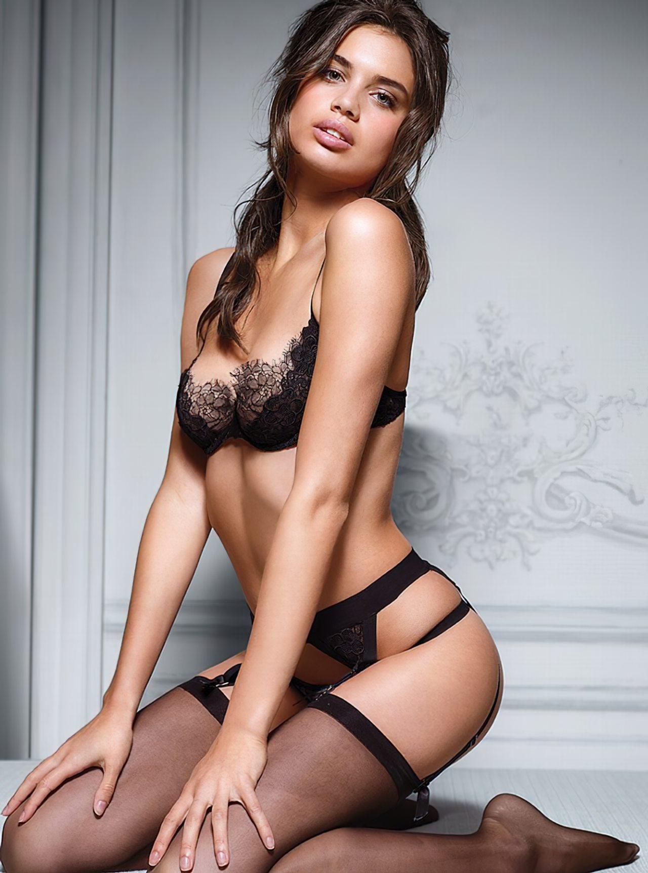 Sara Sampaio (26)