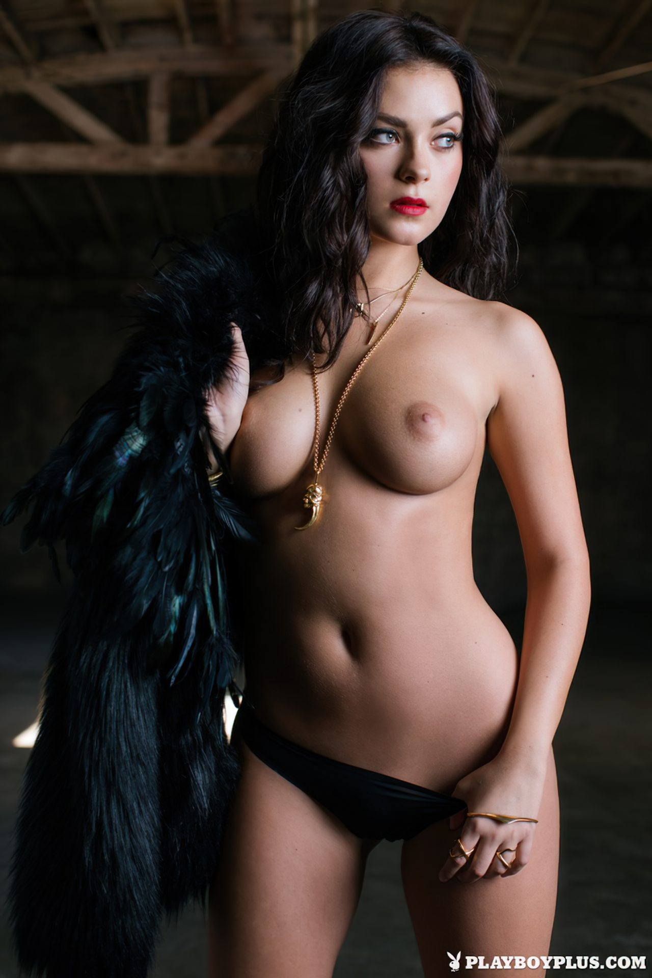 Alexandra Tyler Nua (10)