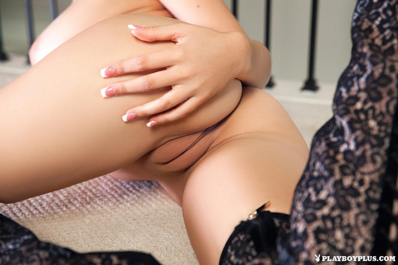 Sabrina Nichole Nua (23)