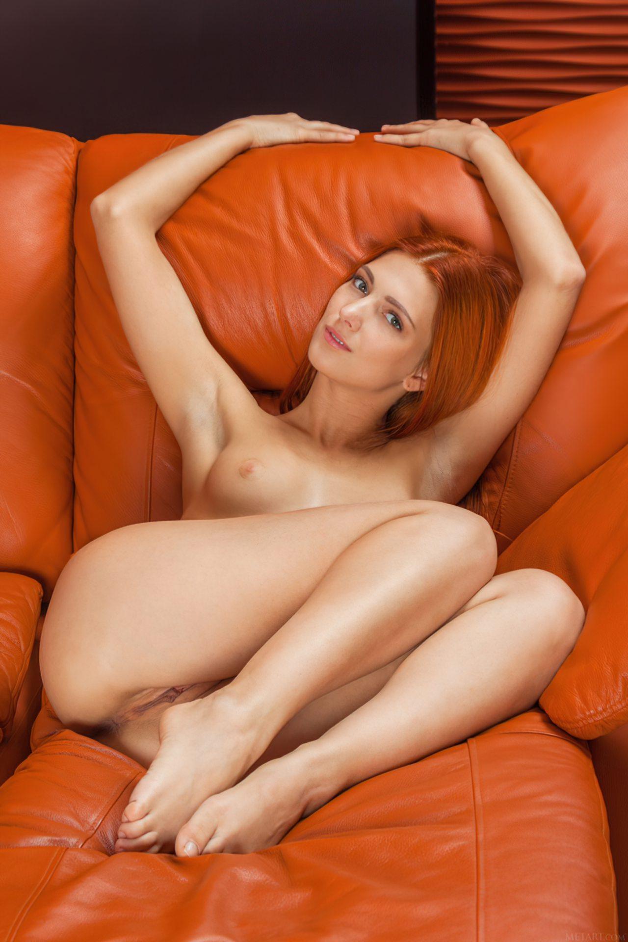 Safada Despida Sofa (10)