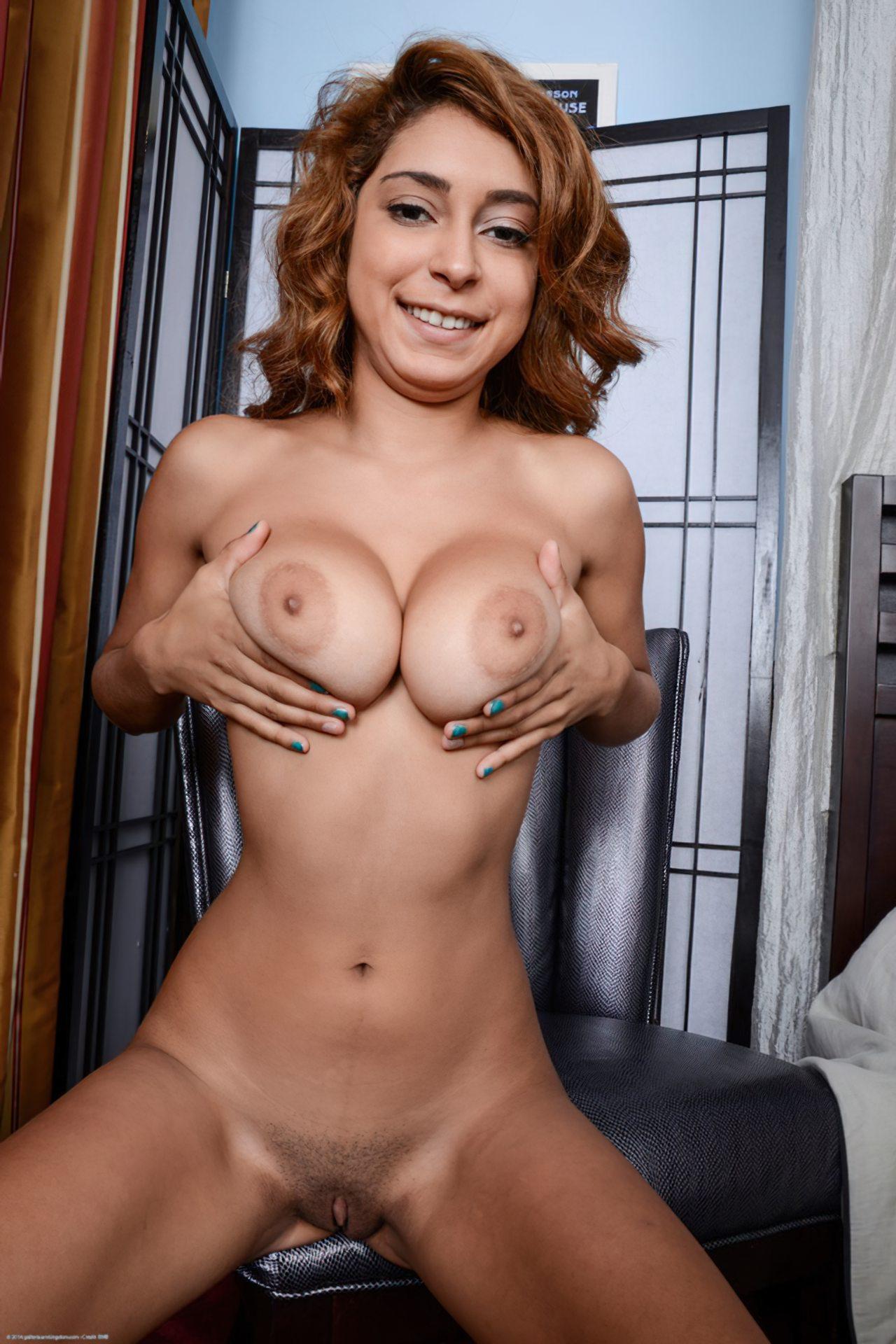 Mulher Mostrando Bucetao (19)