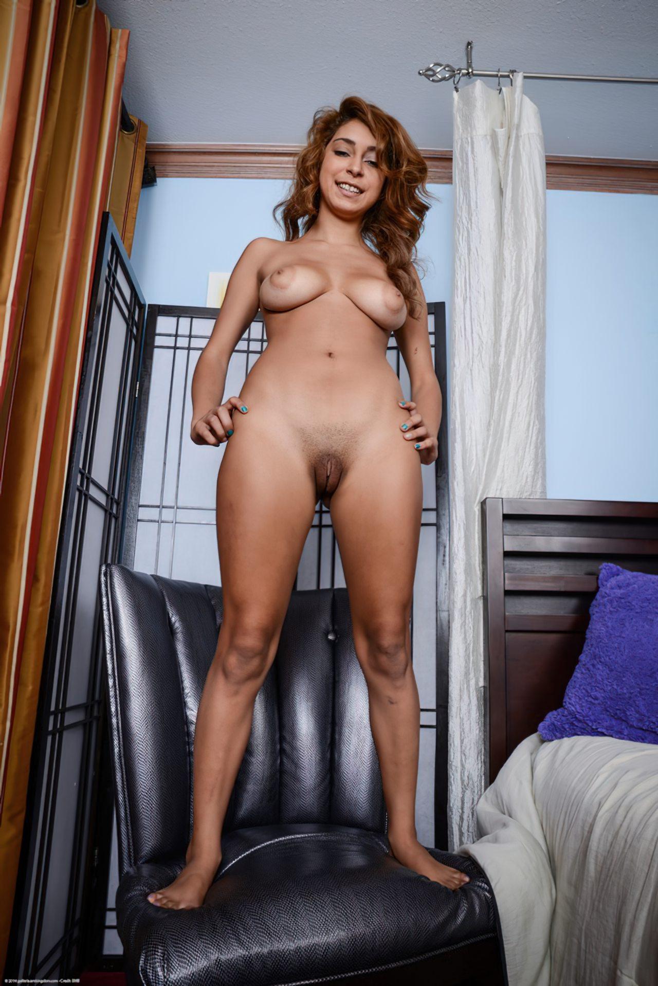Mulher Mostrando Bucetao (26)