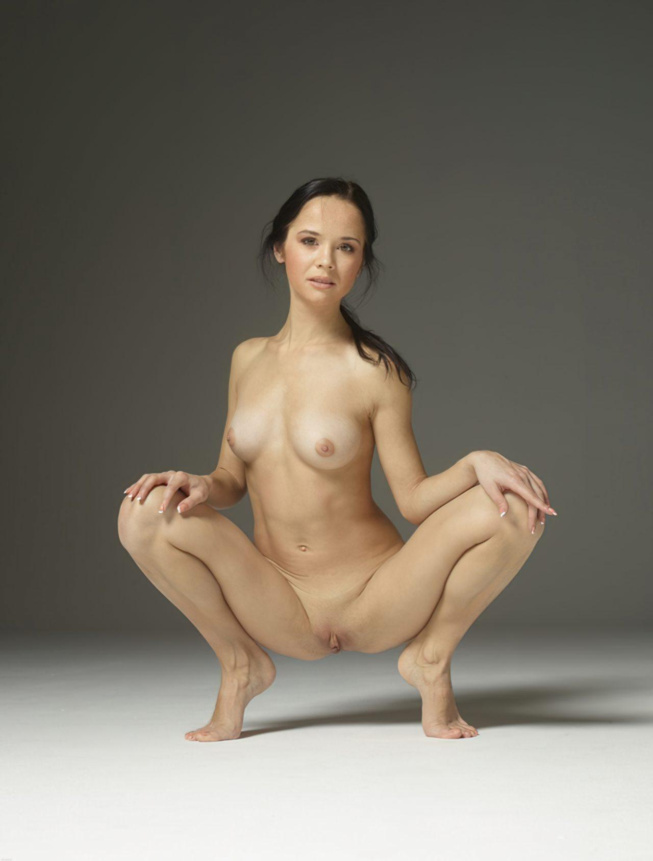 Mulher Flexivel Pelada (5)