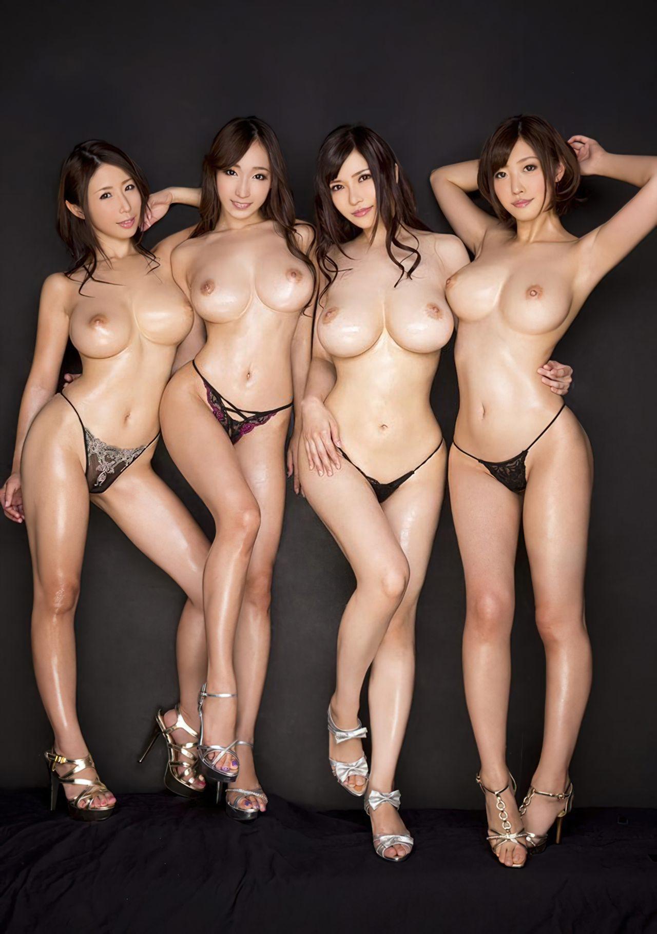 Mulheres Orientais Nuas (8)
