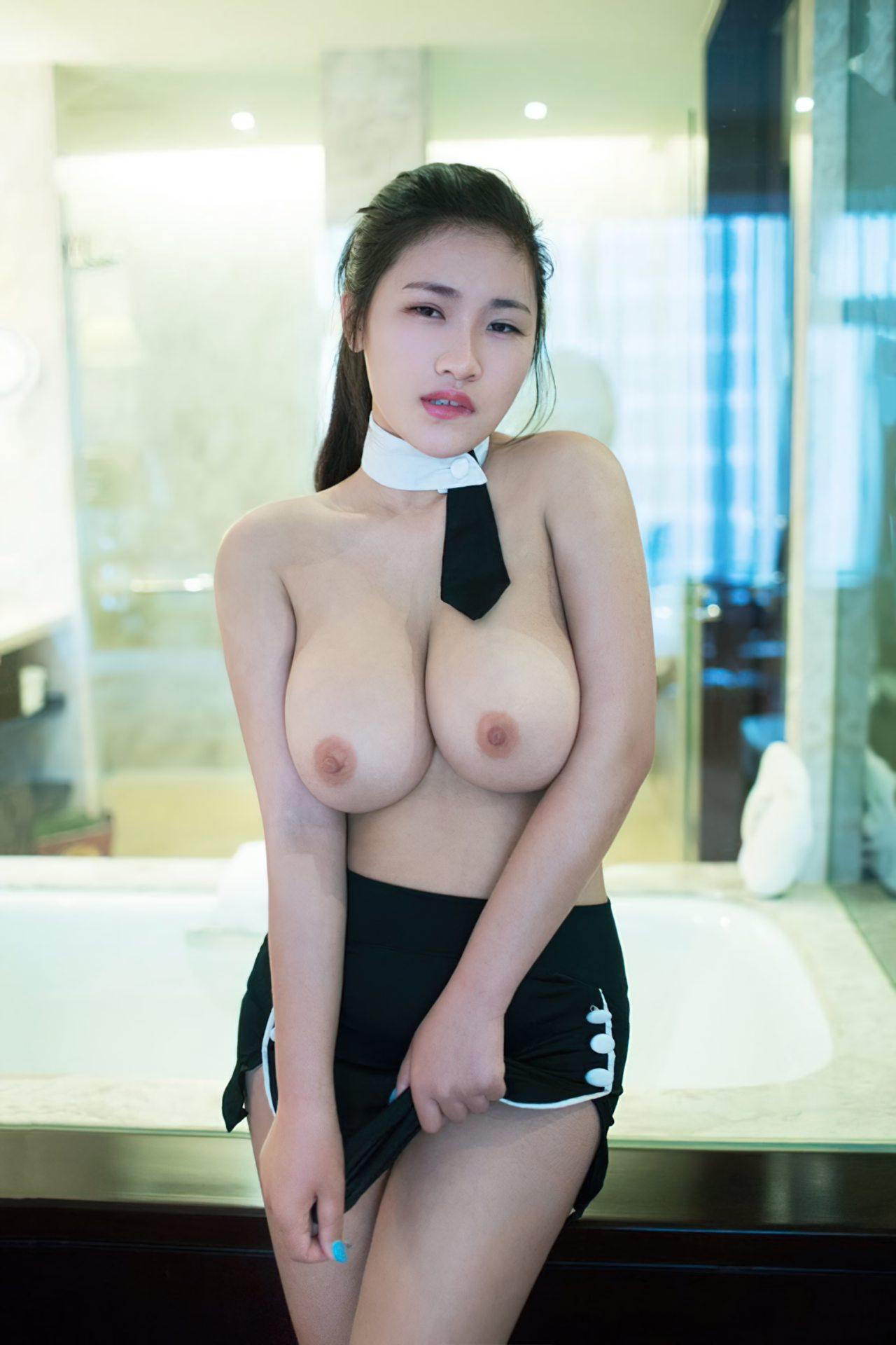 Mulheres Orientais Nuas (30)