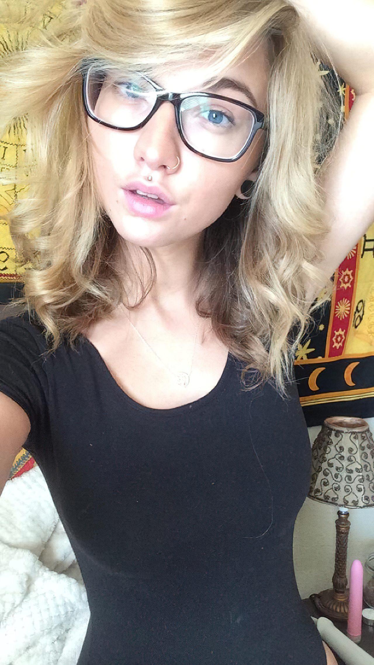 Lily Ivy Nua (29)