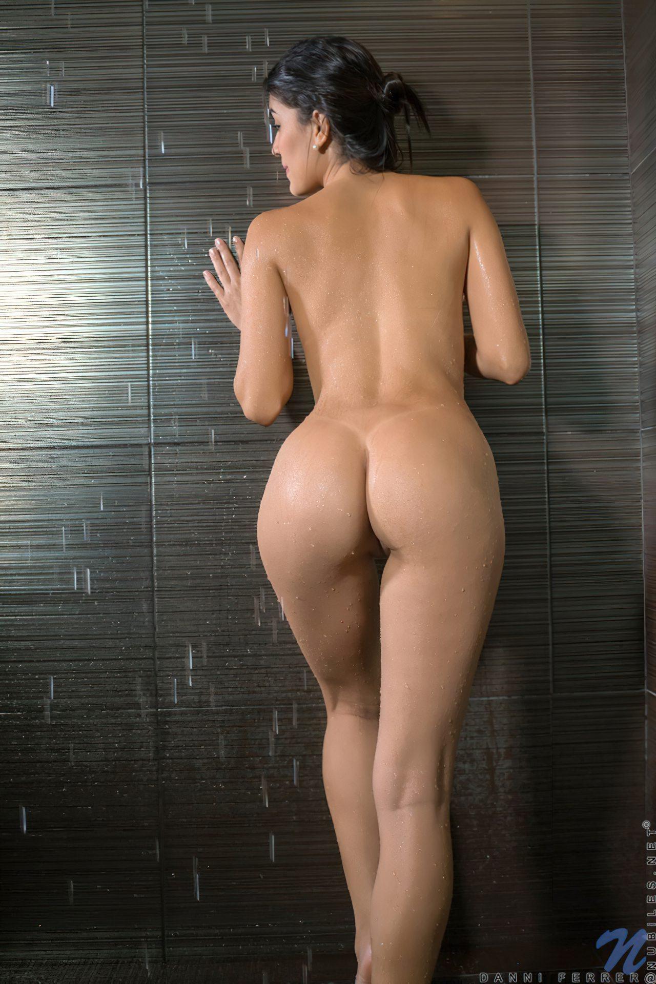 Mulher Linda Tomando Banho (10)